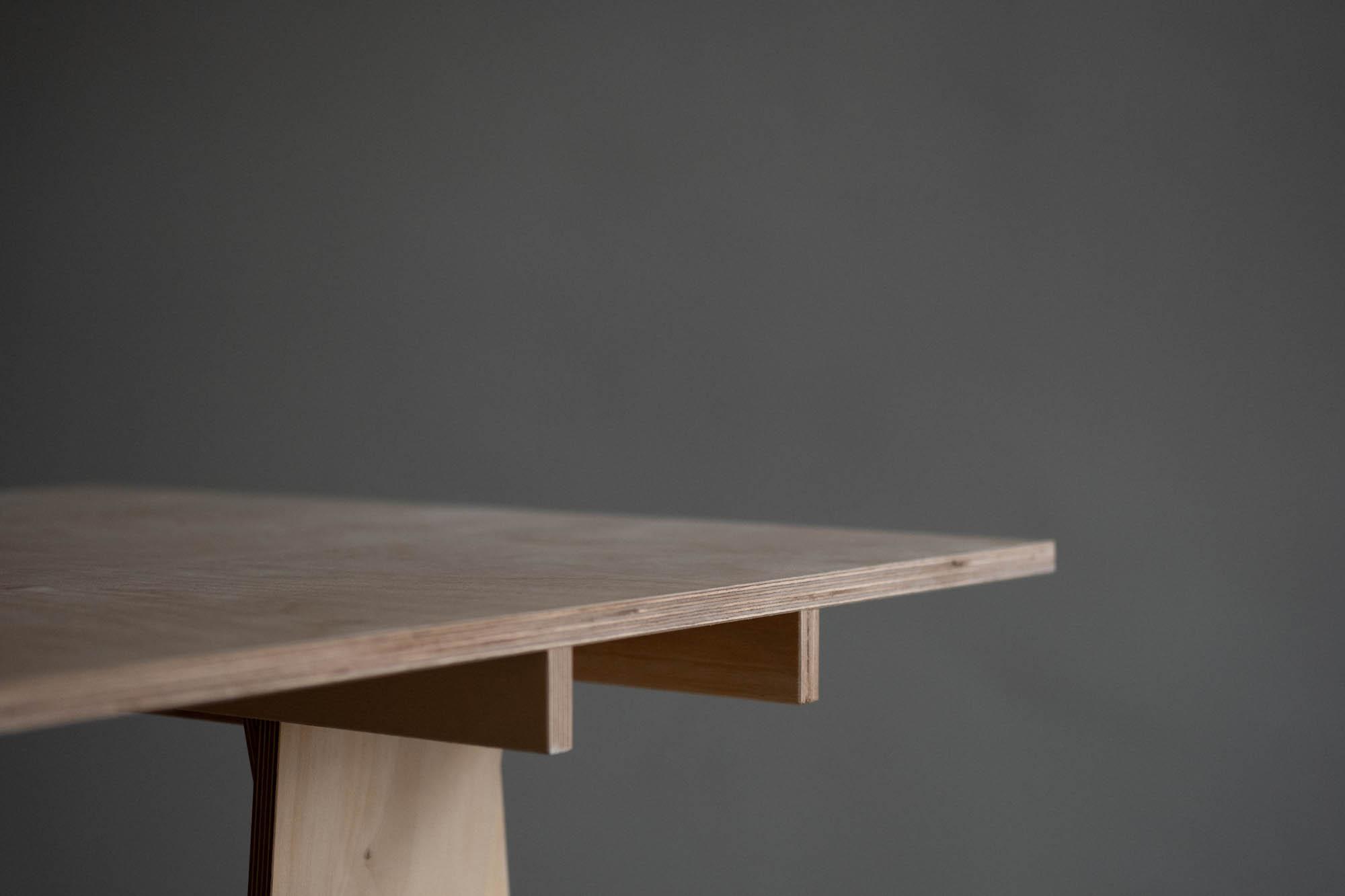 juna-stool-web-3